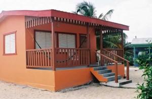 Tadewinds Deluxe Cabanas