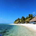 Beach at Laughing Bird Caye